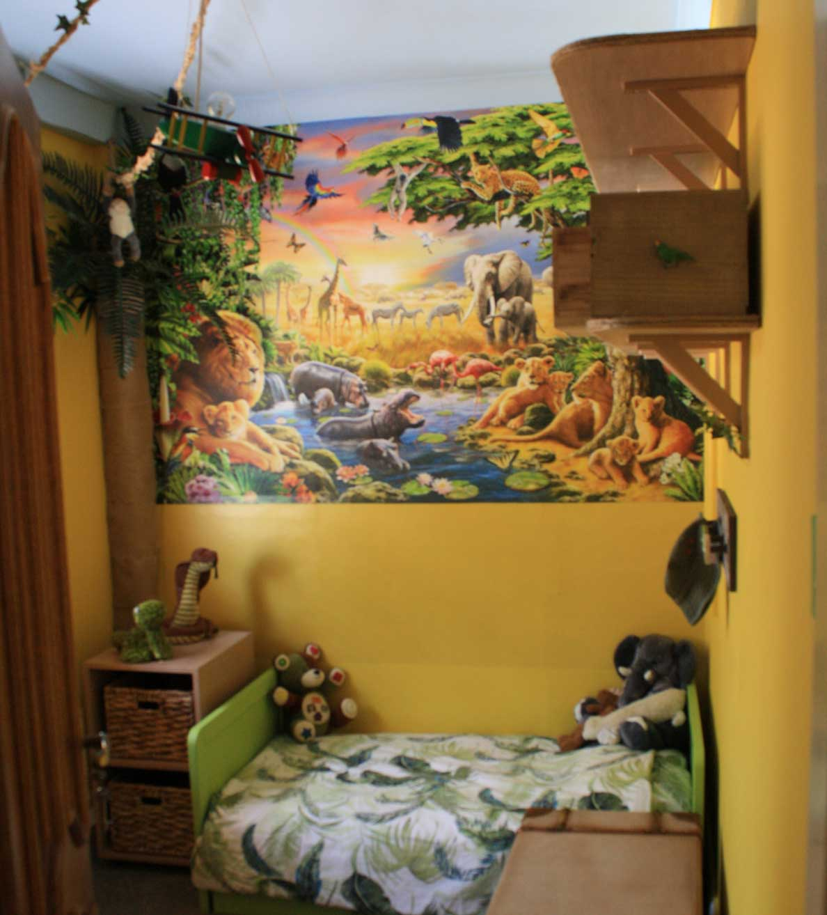 childrens bedroom jungle theme makeover interior design ideas rh girlaboutthehouse com